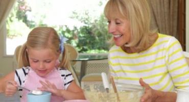 طرز تهیه سیبهای شکم پر (برای ساختن یک روز دلنشین در کنار بچهها)