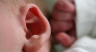 تقویت حس شنوایی کودک (1 تا 3 سال)